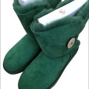 Bailey Button Uggs (Forest Green)